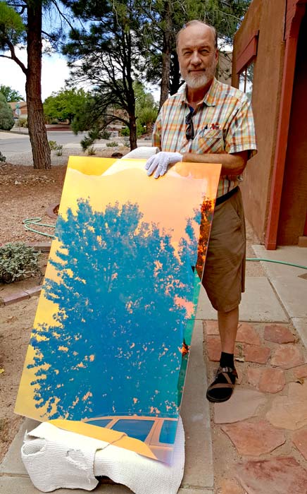 Czor delivering Art Work